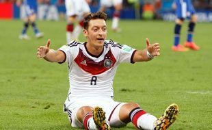 Mesut Özil, sacré champion du monde avec l'Allemagne.