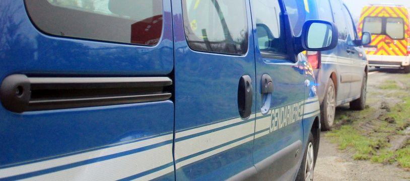 Illustration d'un véhicule de gendarmerie, ici près de Rennes.