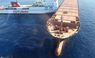 Le porte-conteneur chypriote Virginia (à droite) et le navire roulier tunisien Ulysse (à gauche) sonnt entrés en collision vers 7h30.