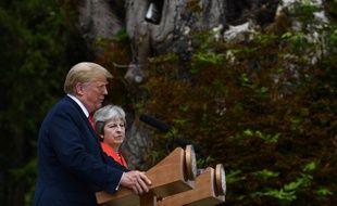 Donald Trump, en visite au Royaume-Uni, est revenu sur ses critiques vis-à-vis du plan de la Première ministre britannique à propos du Brexit.