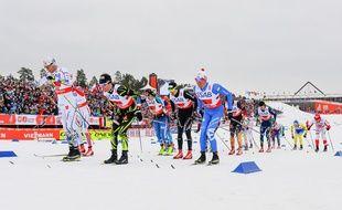 Les Français ont pris la troisième place du relais 4x10 km le 27 février 2015.