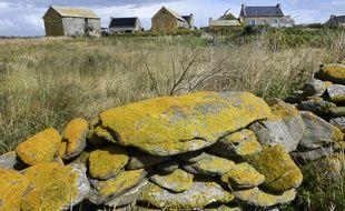 L'île de Quéménès est située au cœur de l'archipel de Molène dans le Finistère.