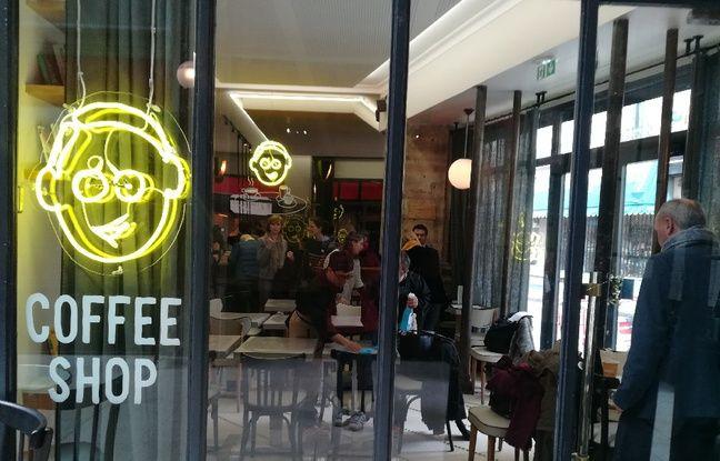 Le café Joyeux à Paris