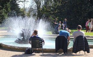 Les fontaines du parc du Thabor apportent en général un peu de fraîcheur lors des fortes chaleurs.