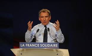 Le 17 avril 2012,  Francois Bayrou, candidat à la présidentielle en meeting à Nantes.