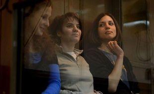 Le procès en appel des membres du groupe Pussy Riot a été reporté au 10 octobre lundi par la justice russe, une des jeunes femmes ayant annoncé avoir rompu avec ses avocats dès l'ouverture de cette audience, sur laquelle la défense ne fondait guère d'espoir.