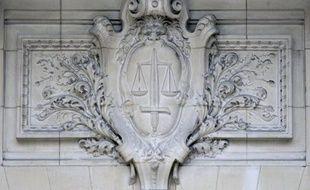 La responsable de la seconde crèche illégale fermée cet été à Marseille a été condamnée lundi à 12 mois de prison avec sursis et 15.000 euros d'amende par le tribunal correctionnel de la ville, a-t-on appris auprès de son avocat.