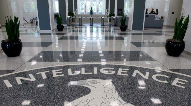 Une personne armée tente d'entrer dans le siège de la CIA, elle est blessée