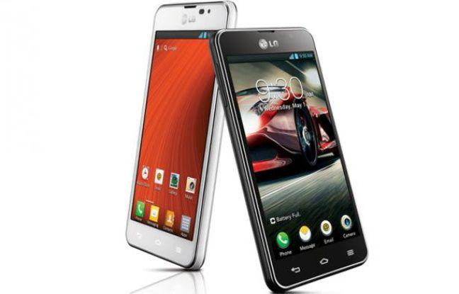 Le téléphone LG Optimus F5, présenté au Mobile World Congress.