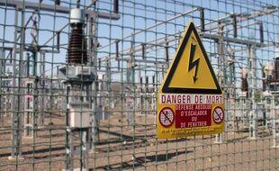Illustration d'un poste électrique de Belle Epine, à côté de Rennes.