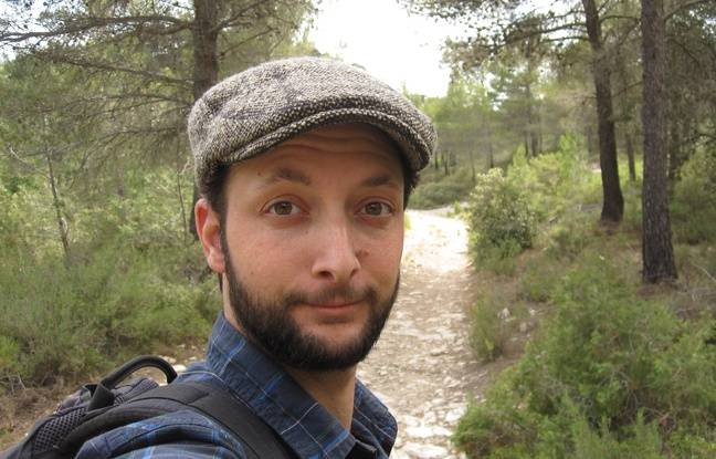 Le Youtoubeur toulousain Simon Nature Bidouille lors d'une sortie.