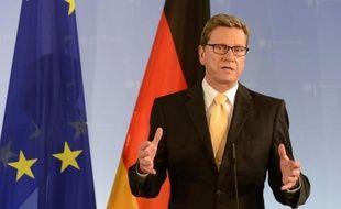 """Le ministre allemand des Affaires étrangères Guido Westerwelle a assuré dimanche soir que l'Allemagne et la France allaient """"travailler ensemble à un pacte de croissance pour l'Europe""""."""