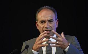 L'ex-président de l'UMP Jean-François Copé prononce un discours à Aulnay-sous-Bois, le 11 juin 2014