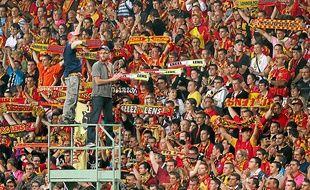 Les supporters lensois ne savent pas encore dans quel stade ils encourageront leur équipe la saison prochaine.