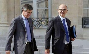 """La promesse de créer une taxe à 75% sur les revenus dépassant un million d'euros par an, faite par le président François Hollande avant son élection, sera """"strictement respectée"""", a déclaré vendredi à l'AFP le ministre des Finances Pierre Moscovici."""