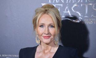J.K. Rowling a dévoilé que son prochain livre aurait deux H dans son titre