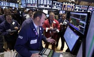 Des traders, à Wall Street, le 6 novembre 2013.