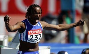 L'athlète française Eunice Barber, lors des championnats du monde d'athlétisme, le 6 août 2005 à Helsinki.