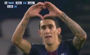 Di Maria a fêté son but avec un coeur contre Ludogorets le 6 décembre 2016.