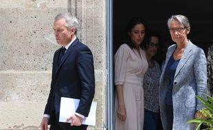 Elisabeth Borne et François de Rugy lors de la passation de pouvoir au ministre de la Transition écologique, le 17 juillet 2019.