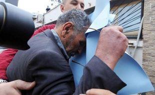 Mardi, le quotidien algérien Echourouk a publié une traduction en arabe des conversations présumées entre Mohamed Merah et des policiers lors du siège qui fut fatal au tueur, une transcription qui a été authentifiée par Me Coutant-Peyre.