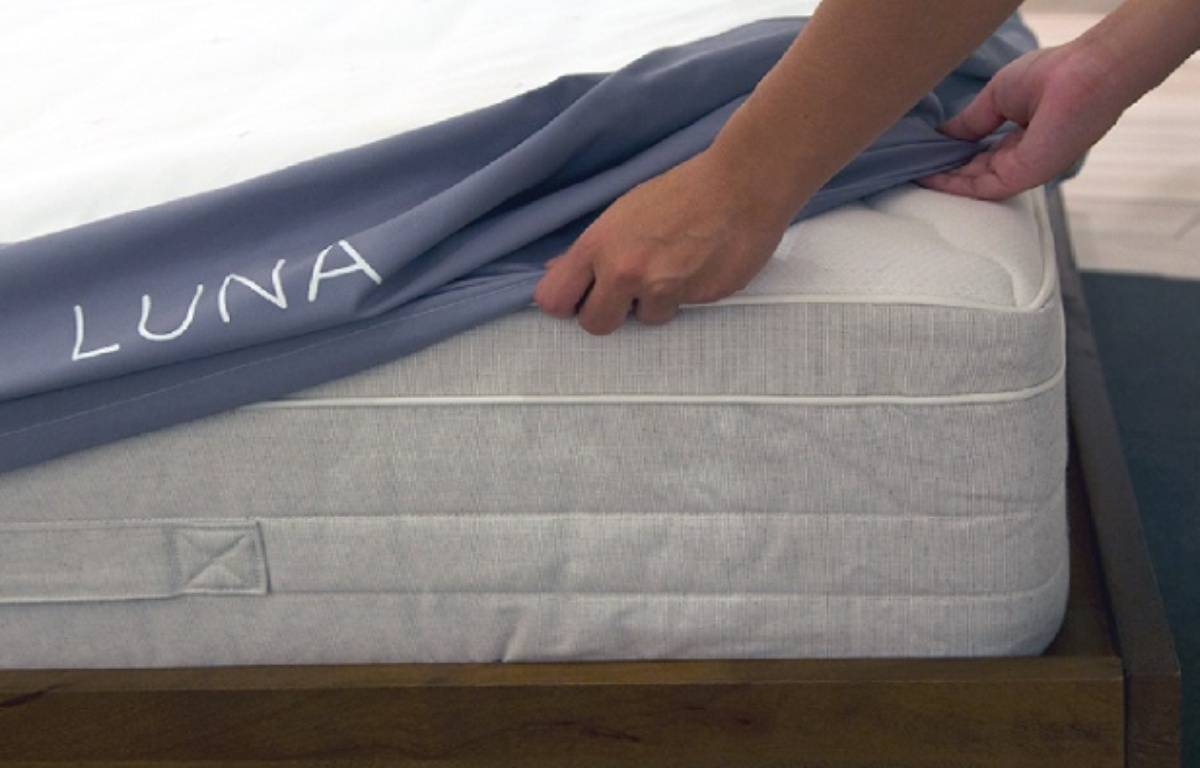 Le drap-housse «inteligent» de Luna. – LUNA SLEEP