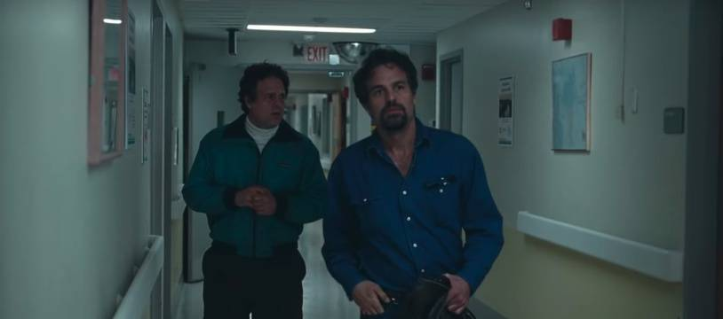 Mark Ruffalo campe les jumeaux de « I Know This Much Is True ».