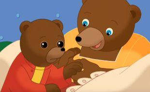 Petit Ours Brun et sa mère dans un épisode diffusé sur sa chaîne Youtube.
