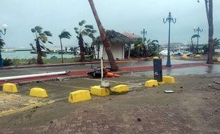 Plusieurs commerces de proximité ont été pillés dans le quartier d'Orléans, à Saint-Martin, après le passage d'Irma.