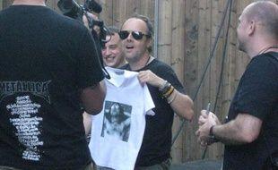 Lars Ulrich batteur de Metallica avec des fans du groupe le 07 Juillet à Nimes