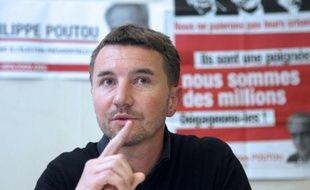 Olivier Besancenot, ex-candidat à la présidentielle, a écrit vendredi une lettre ouverte aux partis et à leurs élus, pour leur demander de faciliter la récolte des 500 parrainages nécessaires à la candidature de Philippe Poutou pour le NPA.