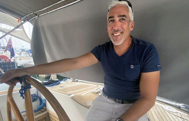 Cyril Martini a choisi de vivre toute l'année sur son bateau, à Menton