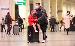 De nombreux aéroports ont adopté des mesures de sécurité sanitaire spécifiques pour éviter une propagation mondiale de ce nouveau coronavirus apparu en Chine il y a quelques semaines.
