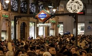 A Madrid, la police a mis sur pied une exposition à partir des téléphones portables volés dans le métro, afin de retrouver les propriétaires.
