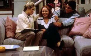 """Aux côtés de Judith Light et Tony Danza dans un des principaux décors du soap """"Madame est servie"""""""