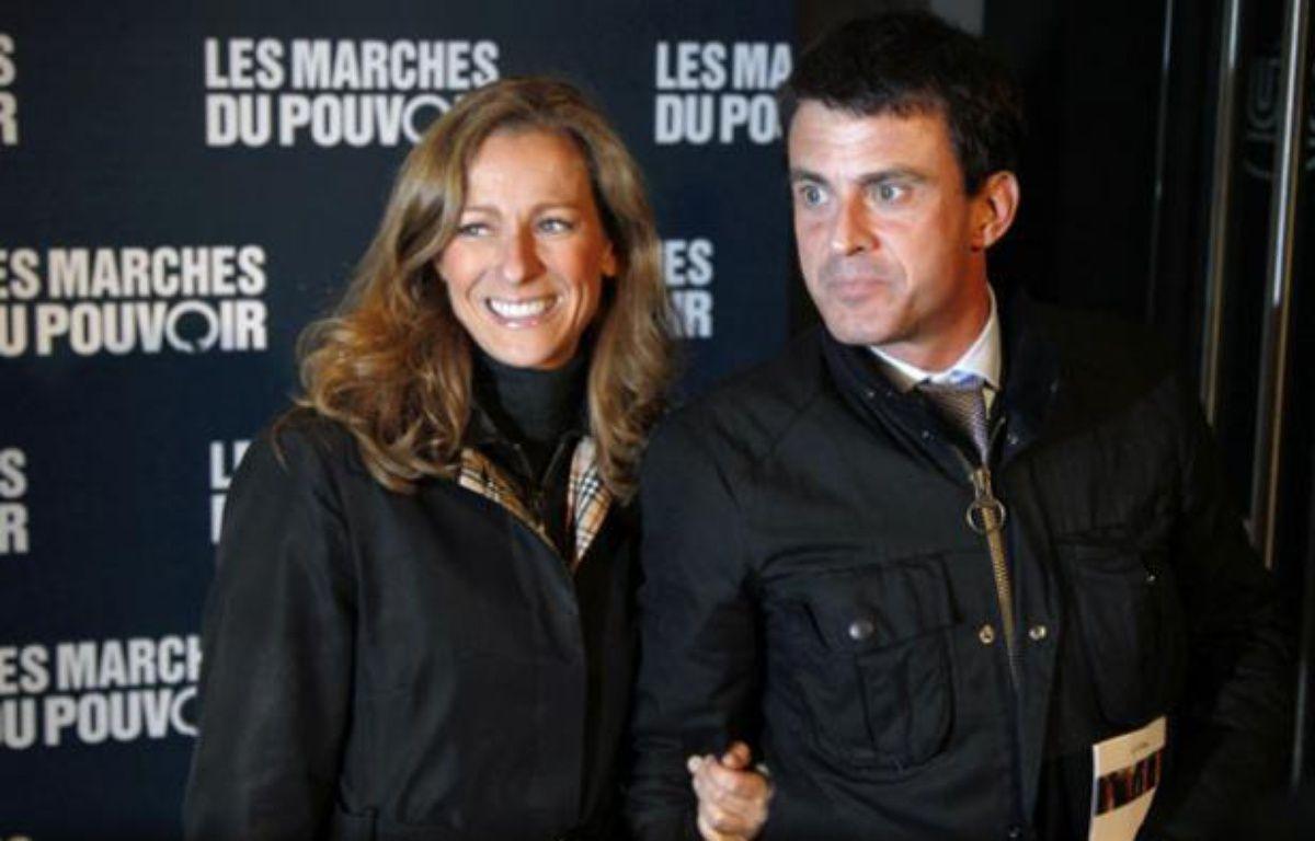 Anne Gravoin et ManuelValls le 18, octobre 2011 à Paris. – F. GUILLOT / AFP
