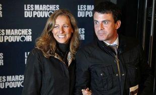 Anne Gravoin et ManuelValls le 18, octobre 2011 à Paris.
