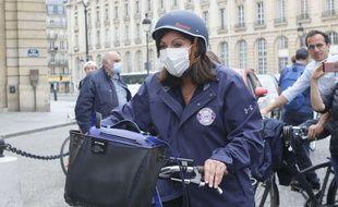 Anne Hidalgo, la maire de Paris depuis 2014, le 21 juin lors de la Velorution musicale de la Fête de la musique.