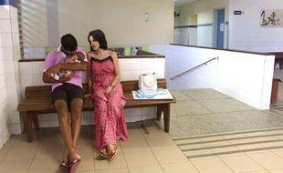 Brésil/virus Zika: accueil de bébés atteints de microcéphalie