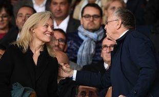Le président de l'OL Jean-Michel Aulas et la patronne de la LFP Nathalie Boy de la Tour, le 7 10 2018 au Parc des Princes.