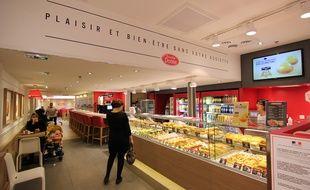 Le restaurant Brioche Dorée au centre Alma à Rennes.