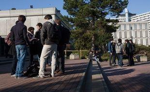 Sur le campus, certaines zones sont jugées peu sécurisantes.