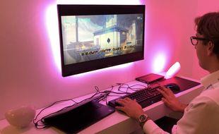 Il est possible de connecter ses jeux vidéo à ses ampoules Philips HUE.