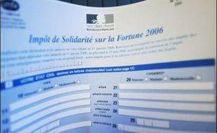 Outre leurs 500 parrainages, les candidats à l'élection présidentielle doivent remettre au Conseil constitutionnel, dans leur dossier de candidature, une déclaration de leur situation patrimoniale sous pli scellé.