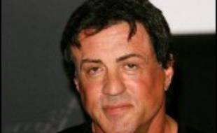 Sylvester Stallone et John Cusack sont davantage connus comme stars d'Hollywwod que comme spécialistes boursiers, mais ils se retrouvent éclaboussés par un procès visant un fonds spéculatif (hedge fund).
