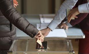 L'élection de dimanche aura lieu exactement quatre ans après la ratification de l'annexion de la Crimée par Vladimir Poutine, le 18 mars 2014