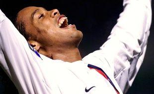 Ronaldinho, roi des nuits parisiennes lors de sa période au PSG.