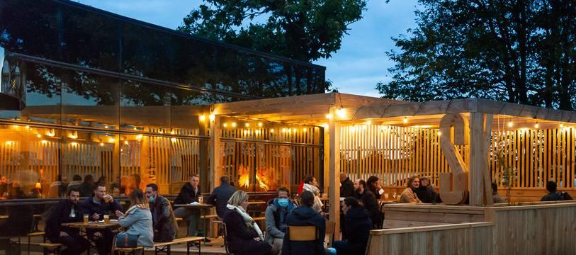 A Cesson-Sévigné, la brasserie Skumenn avait fermé son bar quelques jours après sa réouverture. Sa grande terrasse rouvre ce mercredi.
