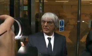 Bernie Ecclestone devant un tribunal de Londres, le6 novembre 2013.