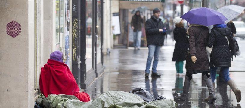 Une femme sans-abri à Paris. (Illustration)